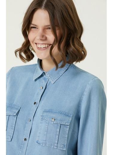NetWork 1079829 Kadın Basic Fit Cep Detaylı Denim Gömlek Mavi